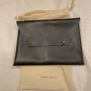 Tribe Alive Envelope Bag (box of style)